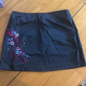 Express World Brand silky mini skirt flowers 5/6